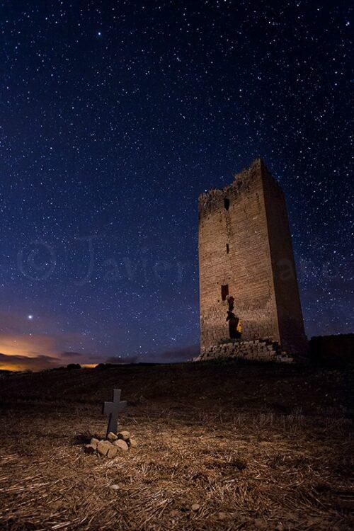 Fotografia nocturna. Castillo de Obano. Iluminación cenital.