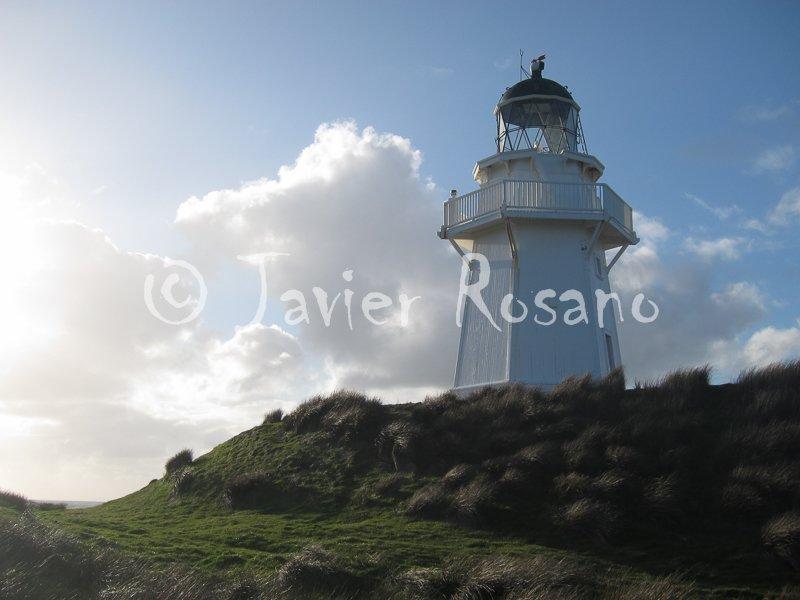 Waipapa Point Lighthouse. Canon S95. 10 mm, f/7.1, 1/400 s, ISO 100.
