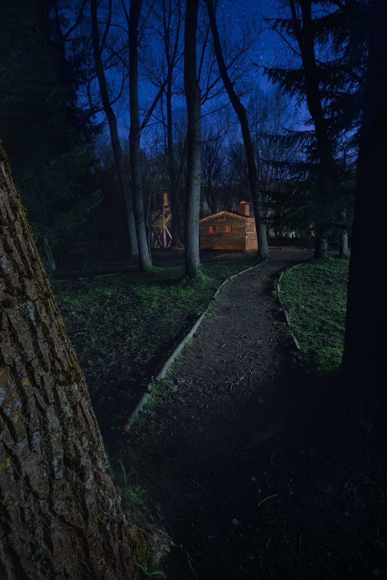 La casita de la muñeca de chocolate. Fotografía nocturna