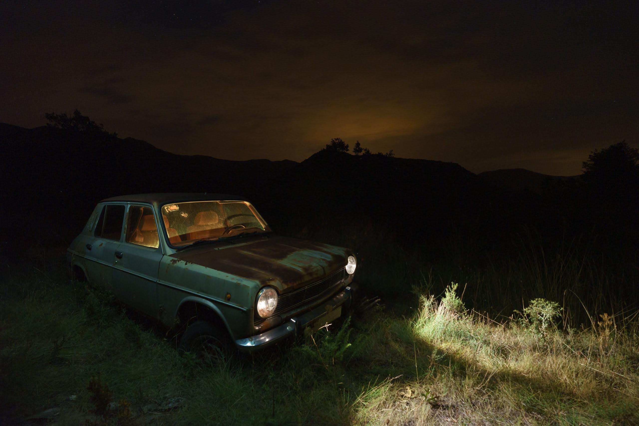 Fotografía nocturna de vehículos. RAW
